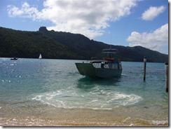 Ja näin jäimme saarelle